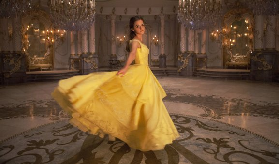 Beauty-and-the-Beast-Belle-Emma-Watson-in-dress